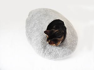 Natural Felt Cat Pet Bed And Ball - cats