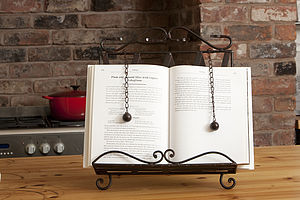 Ornate Metal Cook Book/Recipe Stand Holder - cookbooks