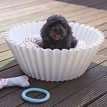 Oversized Cupcake Case Planter: white, as pet basket