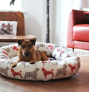 Seaside Dogs Donut Dog Bed - dogs