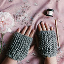 Crochet Handwarmers Kit
