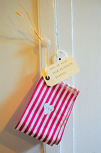 Pack Of 25 Personalised Sweetie Bags - wedding favours