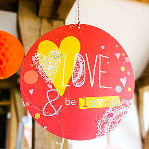 To Love & Be Loved Circle Sign - outdoor wedding signs