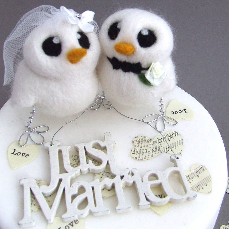 bride and groom bird wedding cake topper by feltmeupdesigns
