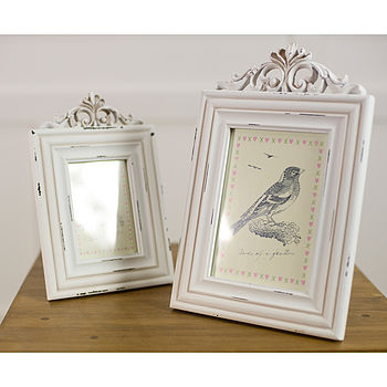 White Wooden Antique Style Photo Frame