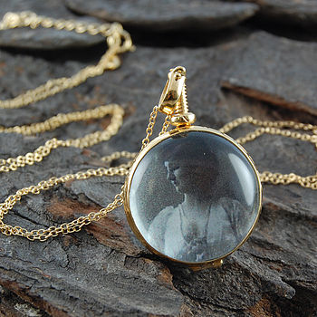 Double Sided Round Vintage Style Gold Locket Necklace