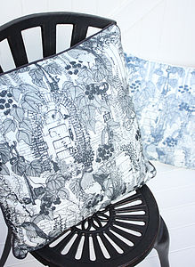 Handmade Secret Garden Cushion 20/20' - patterned cushions