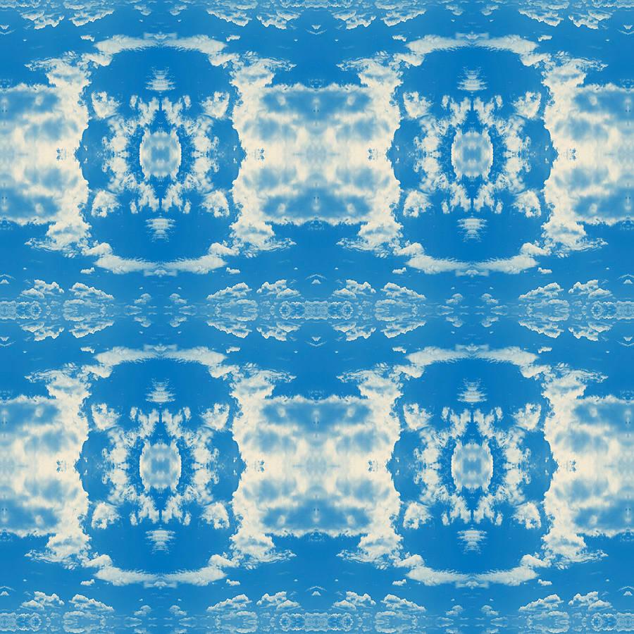 Cloud Rococo Happy Blue