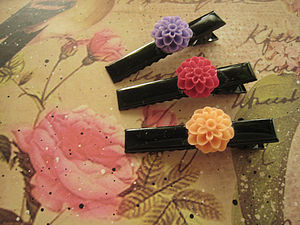 Alligator Dahlia Flower Hair Clips