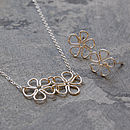 Silver Daisy Earrings and Pendant Set