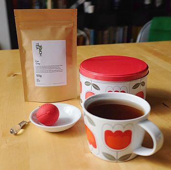 Gift Set: Tulip Tea Set And Tea