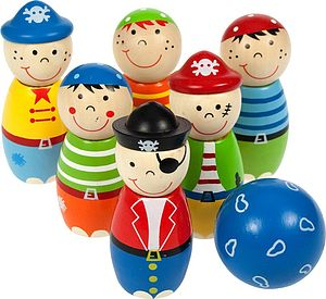 Children's Wooden Pirate Skittles - games