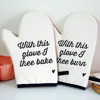 Wedding Oven Mitt Set