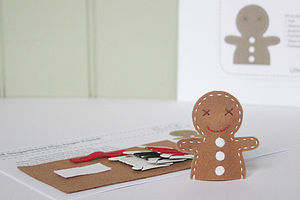 Gingerbread Man Finger Puppet Sewing Kit