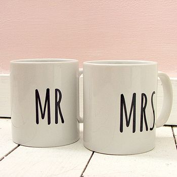 'Mr & Mrs' Wedding Gift Mugs