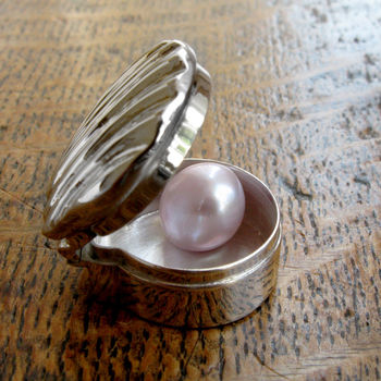 Silver Pearl Of Wisdom Keepsake Charm