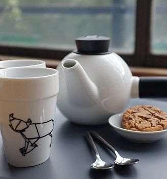 Gift Set: Zodiac Mugs, Teapot And Tea