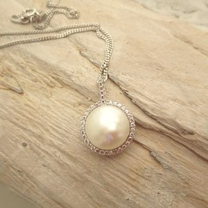 Decadent Pearl Pendant Necklace