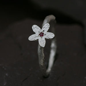 Flower Ring In Silver Set With A Ruby
