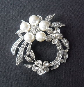 Vintage Floral Brooch - pins & brooches