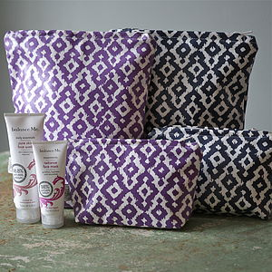 Aztec Adult Wash Bag - bathroom