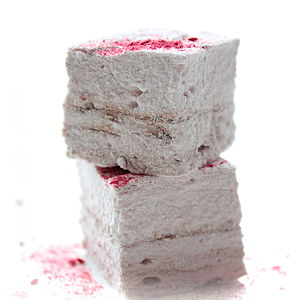 Raspberry Hazelnut Chocolate Marshmallows - cakes & treats