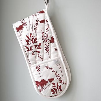 Wine Cowparsley Design Oven Gloves