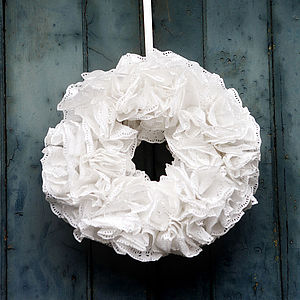 Ruffled Paper Christmas Wreath Kit - winter sale