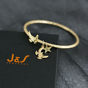Hammered Bird Bangle Bracelet - Matt Gold