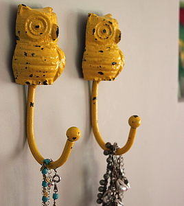 Acid Yellow Owl Hook - bathroom
