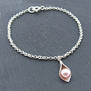 Calla Lily Charm Bracelet - Pink Pearl