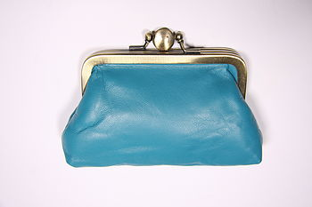 Leather clip purse in turquoise