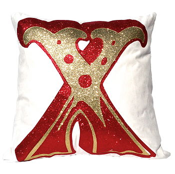 Big Kiss Initial Cushion