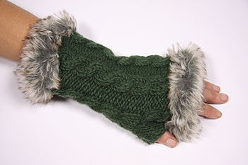 Fur-trimmed handwarmers in forest green