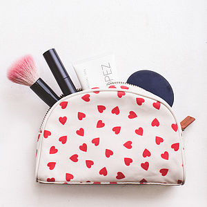 Hearts Make Up Bag - beauty & pampering