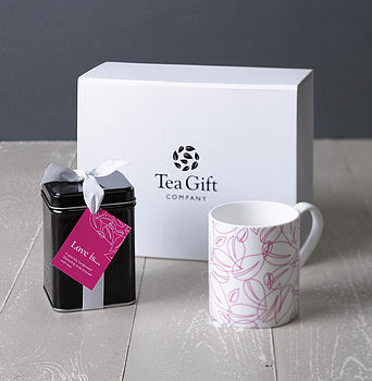 Love Is Brewing Tea Gift Set