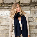 Knitted Cashmere Wrap - Navy