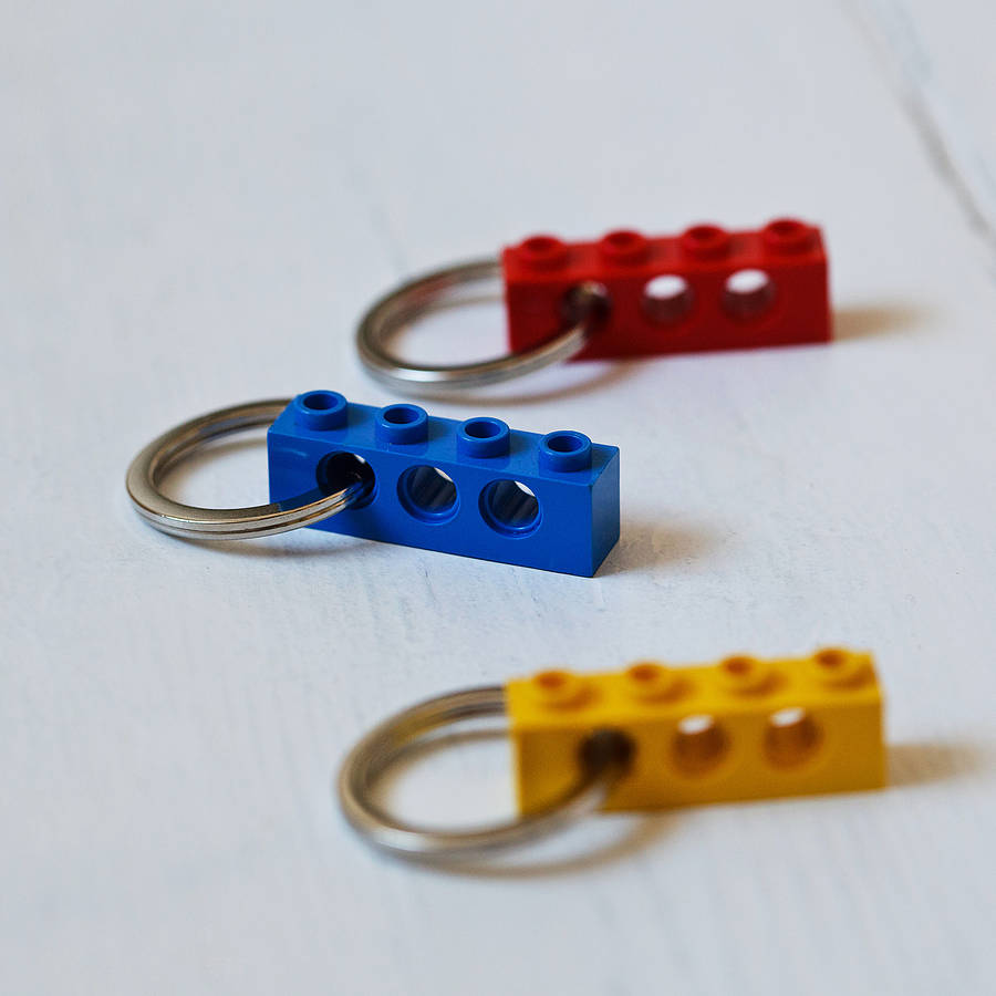 20 COLOURS PARTY BAG WEDDING FAVOUR STOCKING FILLERS BRICK KEY RING LEGO