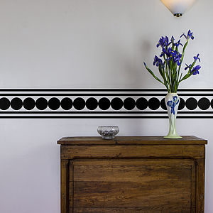 Circle And Lines Vinyl Wall Border