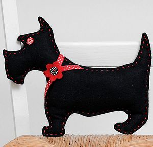 'Make & Sew' Funky Felt Black Dog Sewing Kit - sewing kits
