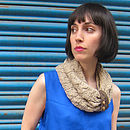 Banana Yarn Knit Neck Scarf With Leather