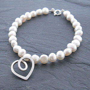 Eternal Heart Pearl Bracelet
