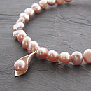 Calla Lily Pearl Bracelet - Pink