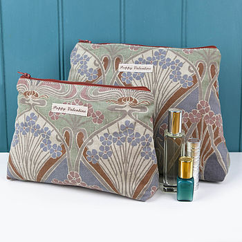 Poppy_Valentine Liberty Mink Wash Bag Set