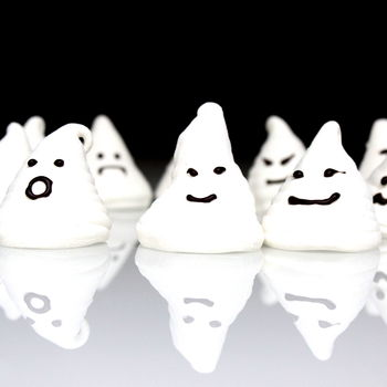 Pack Of Eight Marshmallow Ghosts