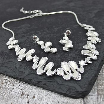 Wavey Necklace And Earrings Set