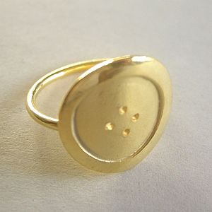 Button Ring - rings
