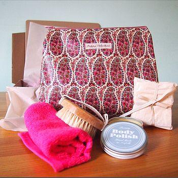 Luxury Women's Gift Set With Liberty Wash Bag