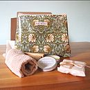 Hand And Nail Gift Set With Wash Bag