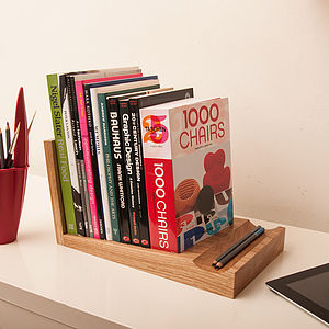 Tilt Bookshelf - bookends